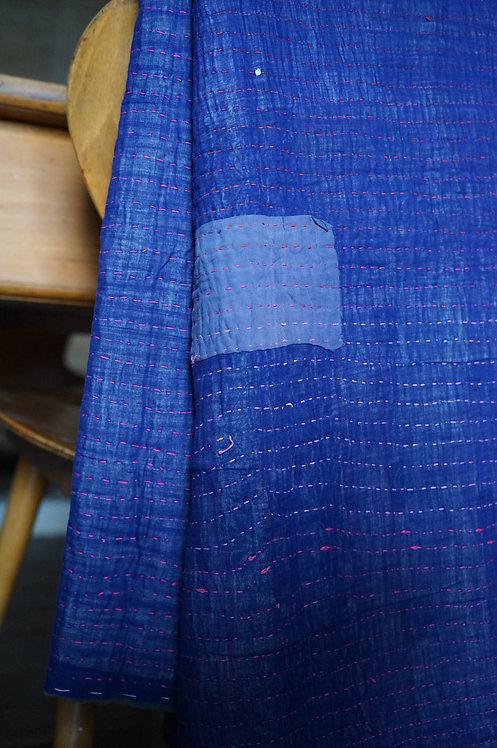 tissu vintage ancien/ tissu usé vintage inde/bouti inde vintage/tissus Figeac/ tissu Cahors/ tissu Toulouse/plaid bleu