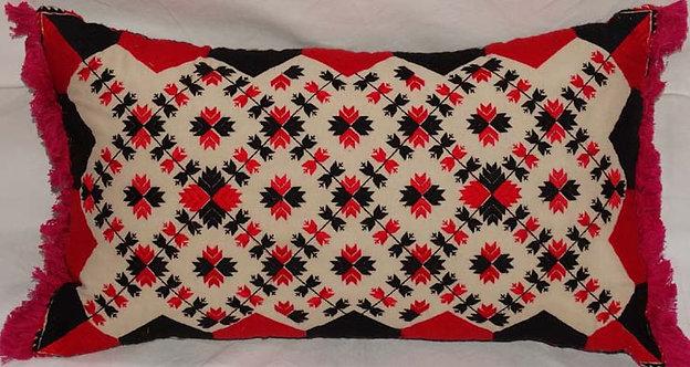 vEmbroidered Lumbar Pillow Cover housse de coussin la maison générale Merci boutique lit meubles décoration caravane Paris