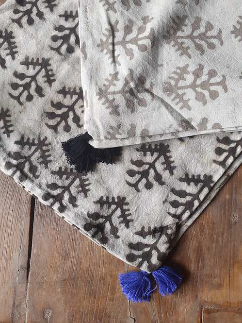 Lot 2 housses de coussin blanc et beige/motifs vagues/tissu batik/teinture vég