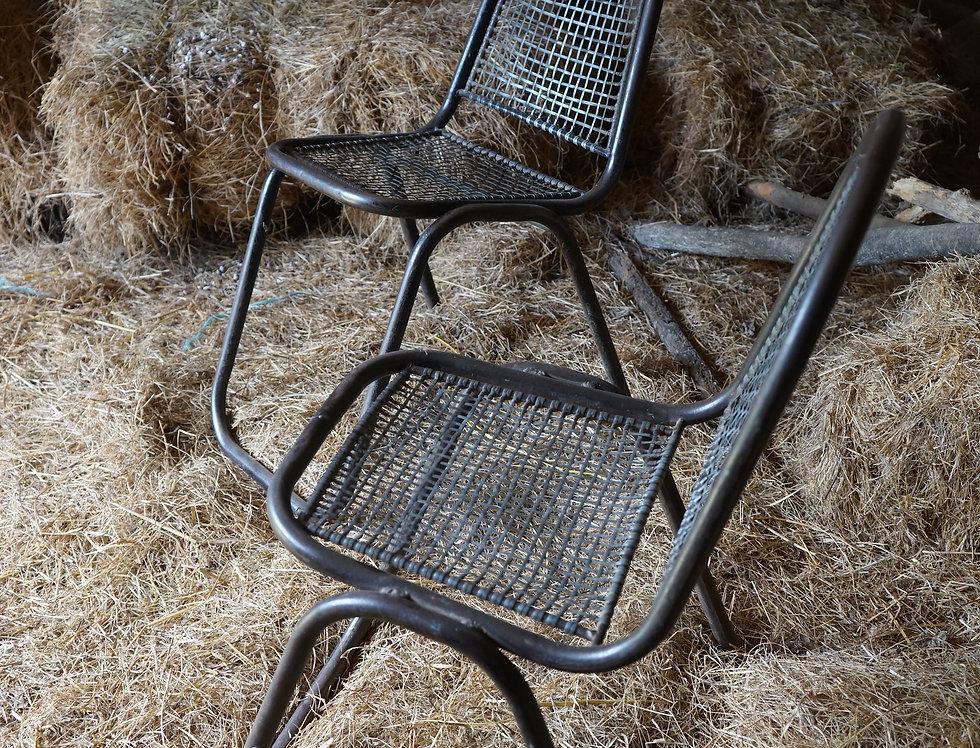 brocante/Figeac/meubles/chaises-métal/indus/industriel/indiens/vitrine/Paris/sentou/chatou/bon-coin/clignancourt/Cahors/Lot