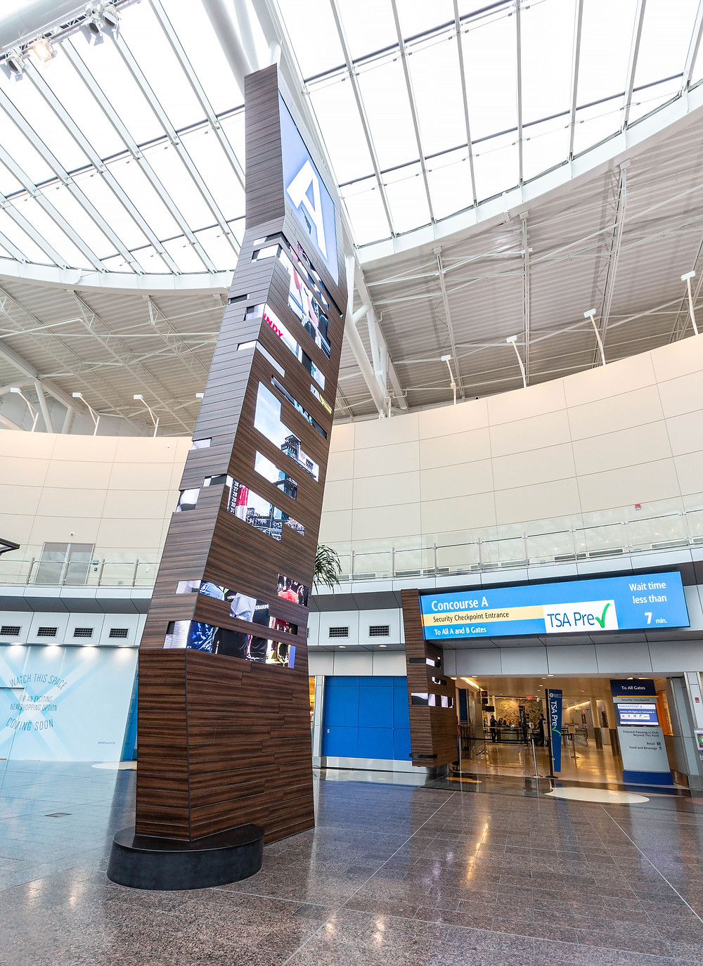 40-ft digital displays provide immediate and recognizable info about where the concourse travelers need are located.