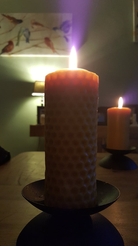 Bee-spoke Candles UK Solid Long Burn Beeswax Candle