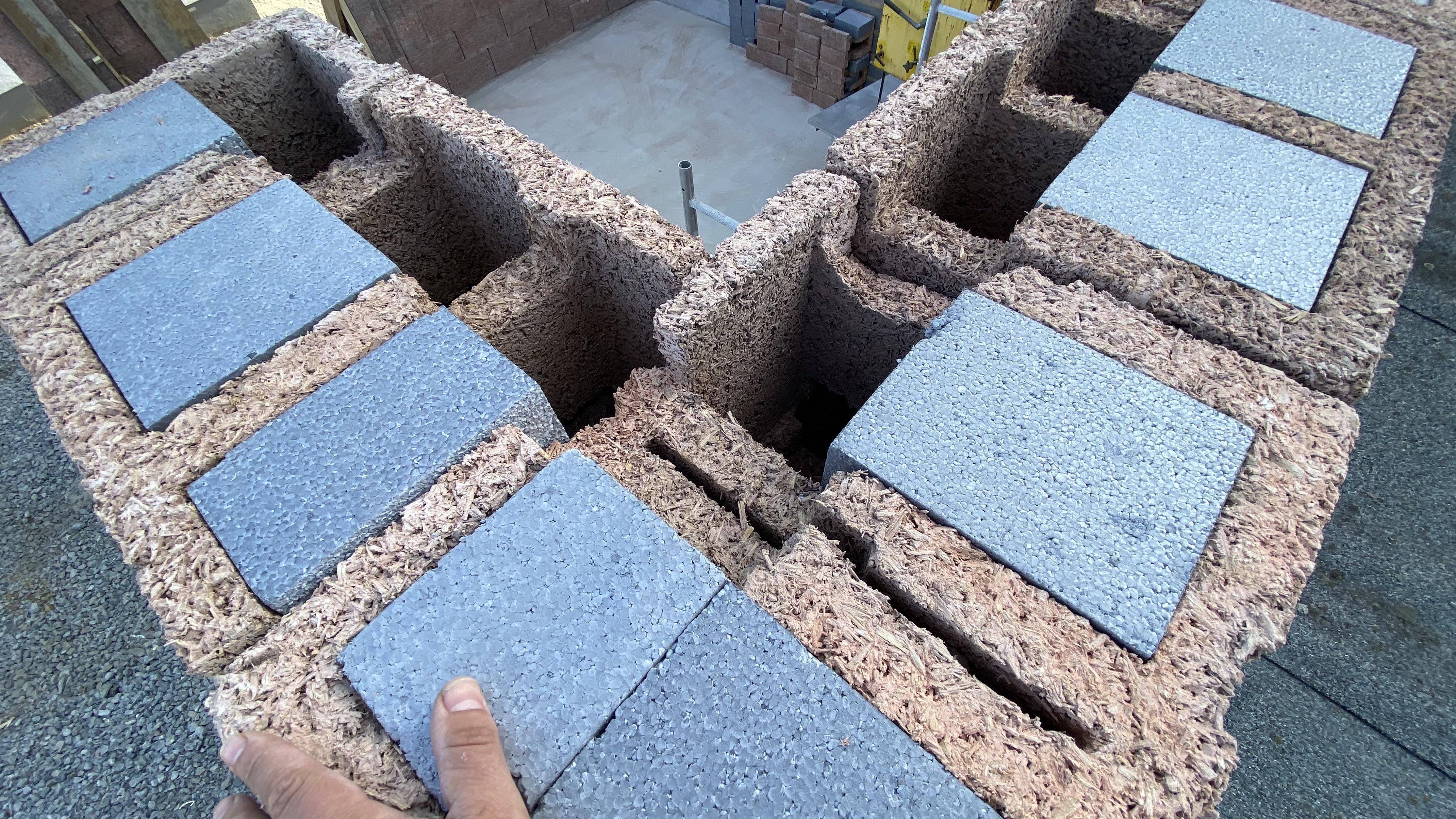 Mauerwerk aus Holzspanstein