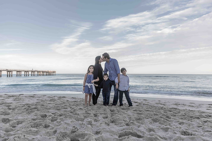 Beach family photos photgrapher in boston alex vainstein photography