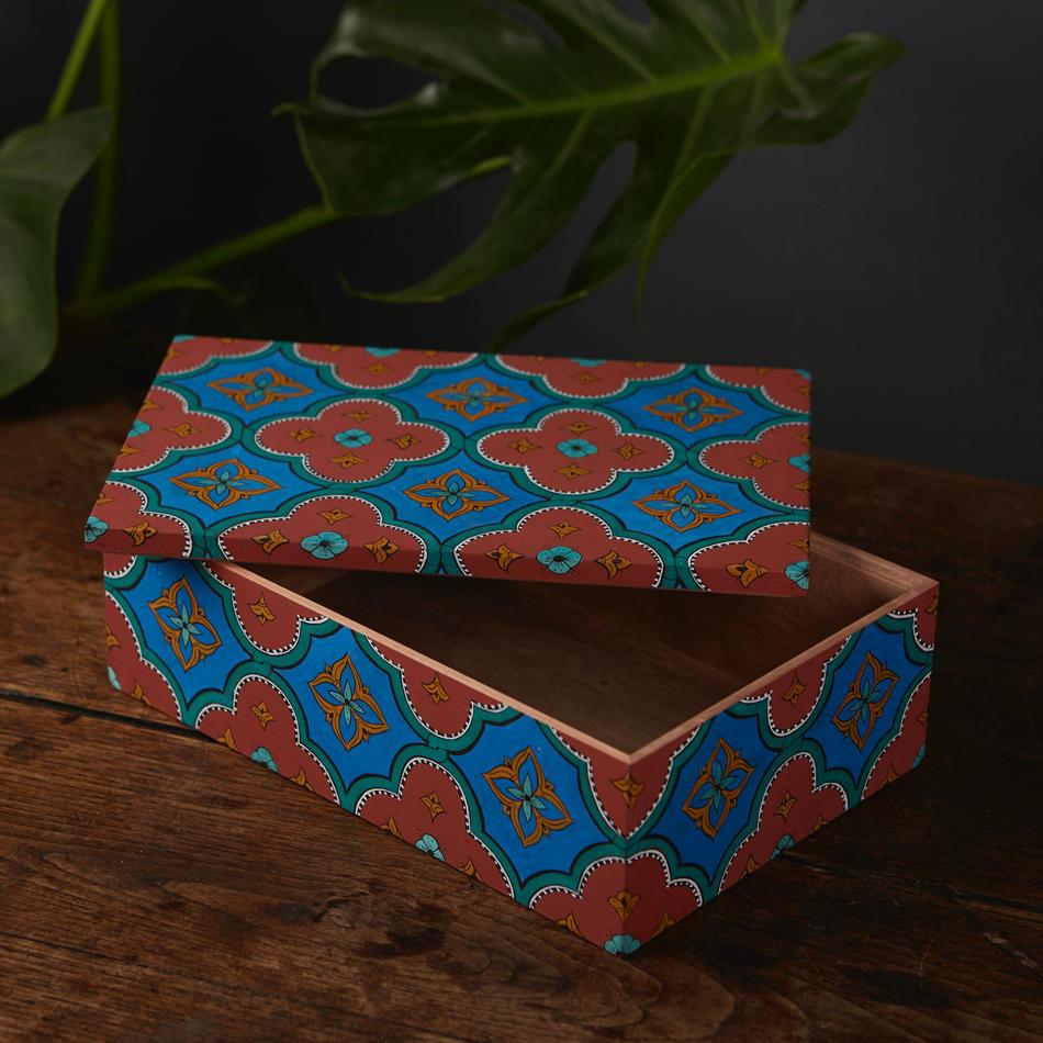 Large Rectangular Box