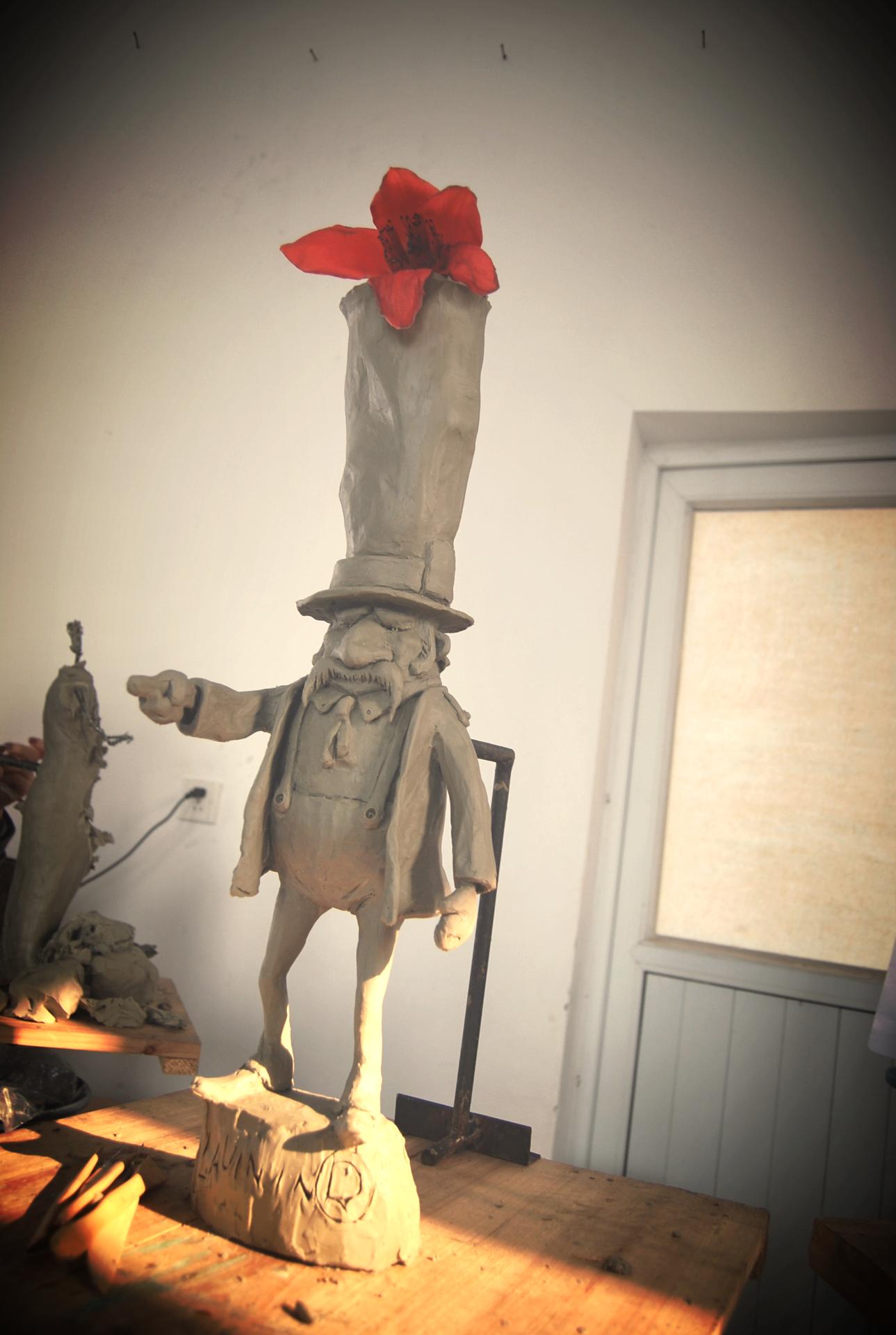 Mr. Hat