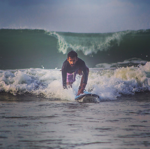 Single Person Surf Package
