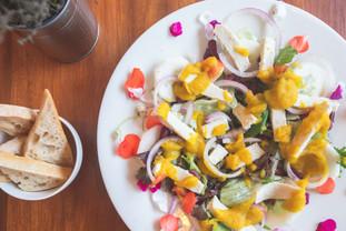 Sfiziosa vegan cheese salad