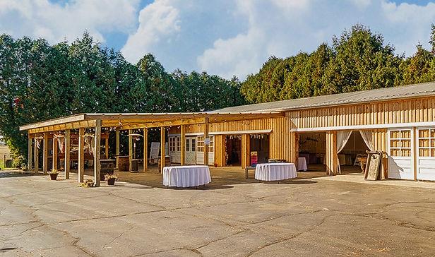 img-events-reception-barn-v1.jpg