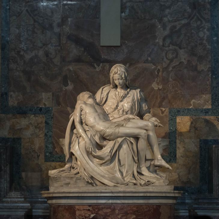 Pietà sculpture by Michelangelo, St Peter's Basilica