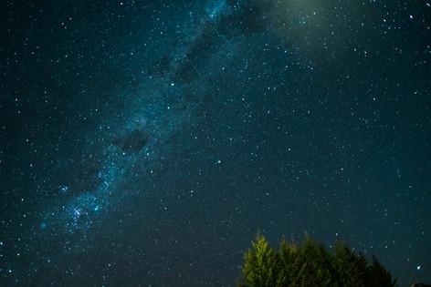Milky way over Queenstown