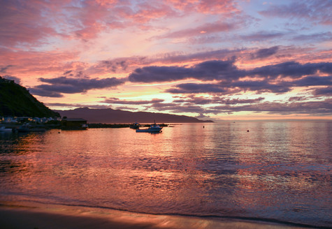 Sunrise over Island Bay