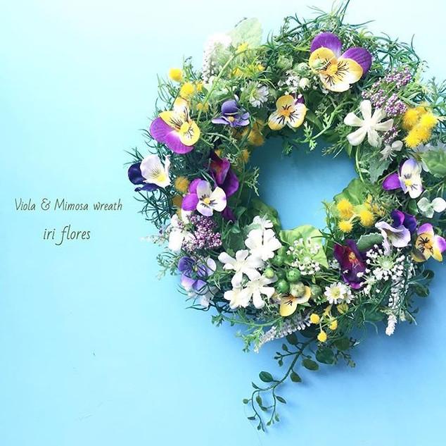 Viola×Mimosa wreath ・_・_すみれとミモザのリース(造花)_