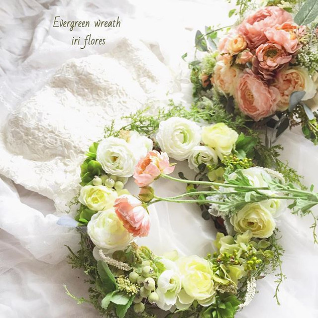 ・_・_Evergreen wreath for your both paren