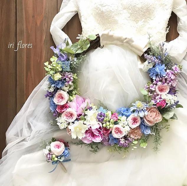 Happy wedding!!_・_ピンク×ブルーの#リースブーケ です。_全体
