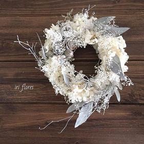 Grayish X'mas wreath.jpg