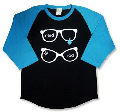 weezerモチーフ【nerd × rad】七分袖ラグランTシャツ