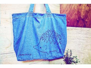 Walter Bosse.jpよりハリネズミデニムトートバッグが入荷しました。