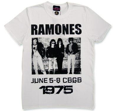 Ramones(ラモーンズ) 1975CBGBホワイトTシャツ【Amplified】