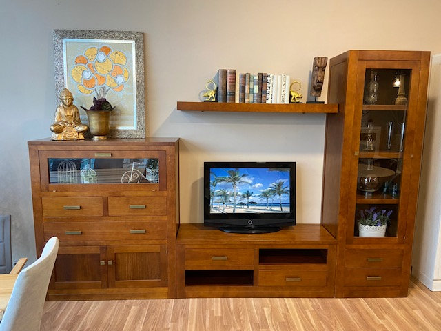 Mueble de salón pino macizo en Rebajas