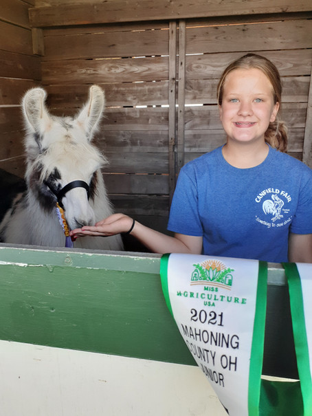 Meet Kandace Beatty, 2021 Mahoning County OH Junior Miss Agriculture USA!