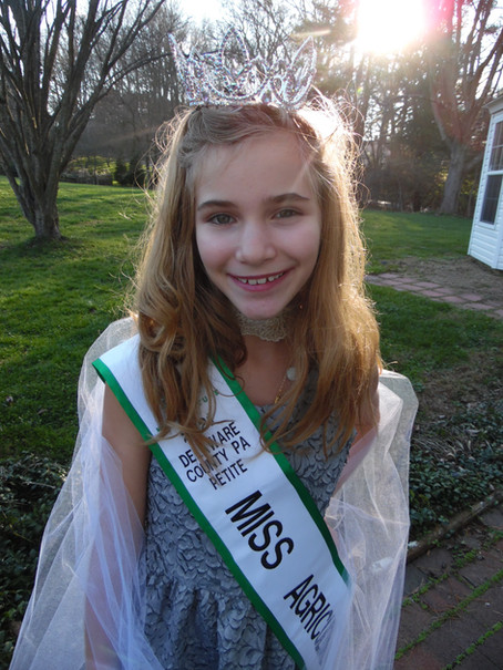Meet Lillianna Yates, 2021 Delaware County PA Petite Miss Agriculture USA!