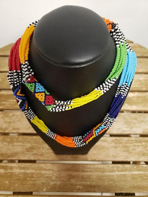 Sautoire multicolore