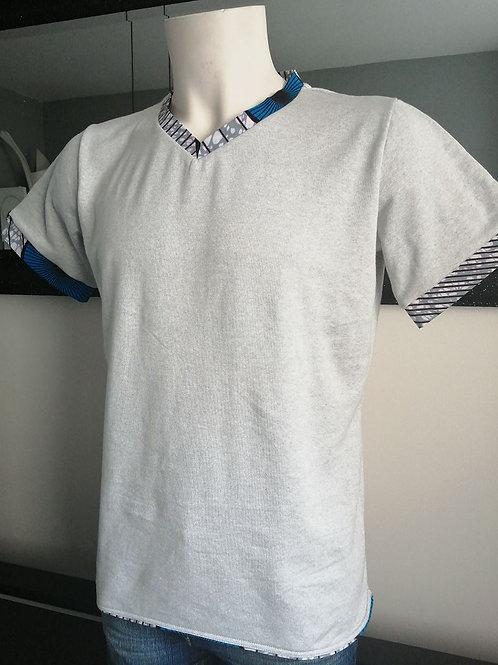 T-Shirt gris col V coton et wax