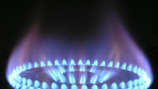 Senado aprova auxílio-gás para famílias de baixa renda