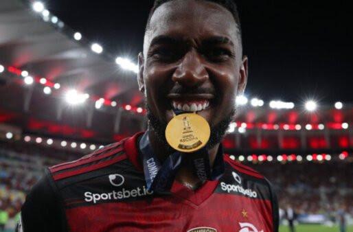 Mercado da Bola: 'Substituto de Gerson' está disposto a reduzir salário para fechar com o Flamengo