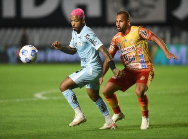 Juazeirense luta, mas não segura o Santos na etapa final e perde por 4 a 0 na Vila