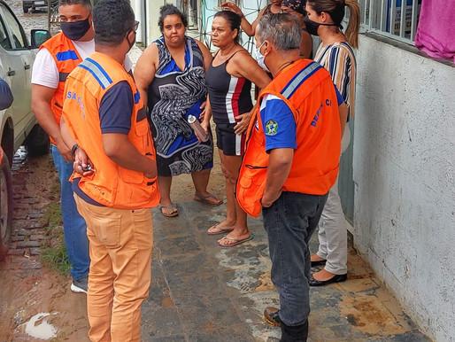 Prefeitura assiste famílias prejudicadas pela enxurrada em dois bairros de Itabuna