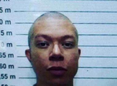 DJ Ivis surge em foto com cabelos raspados após ter habeas corpus negado pela Justiça