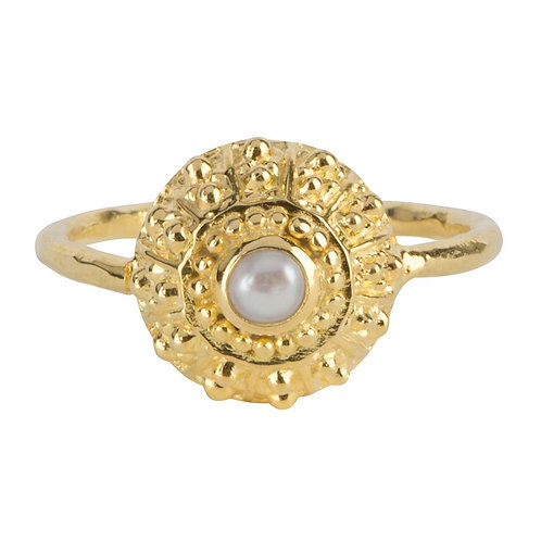 Antique Pearl Ring Gold Plated - Betty Bogaers