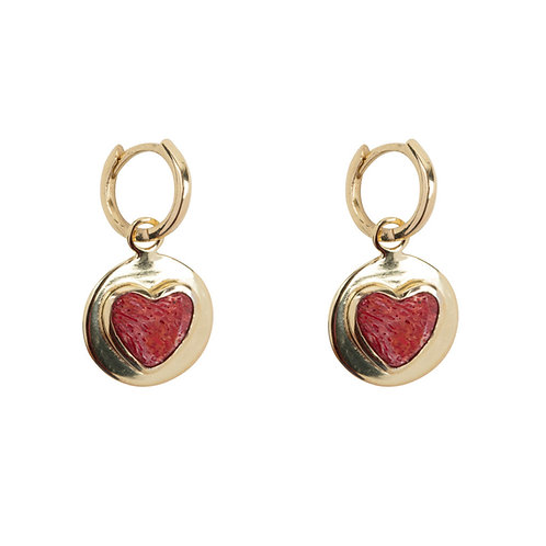 Betty Bogaers - Red Heart Small Hoop Earring Gold Plated