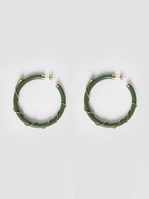 Betty Bogaers - Resin Snake Hoop Earring Gold Plated