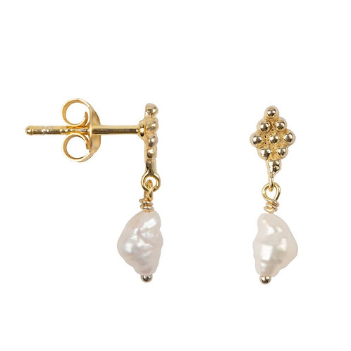 Betty Bogaers - Dotted Wieber Pearl Stud Earring Gold Plated