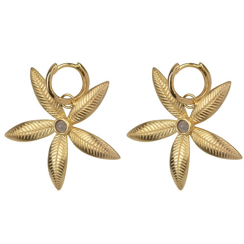 Betty Bogaers - Small Hoop Double Lily Flower Earring Gold Plated