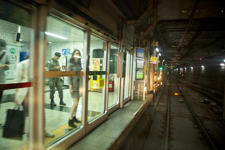 지하철13.jpg
