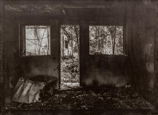Black House#08_78X106cm_Van Dyke Brown P