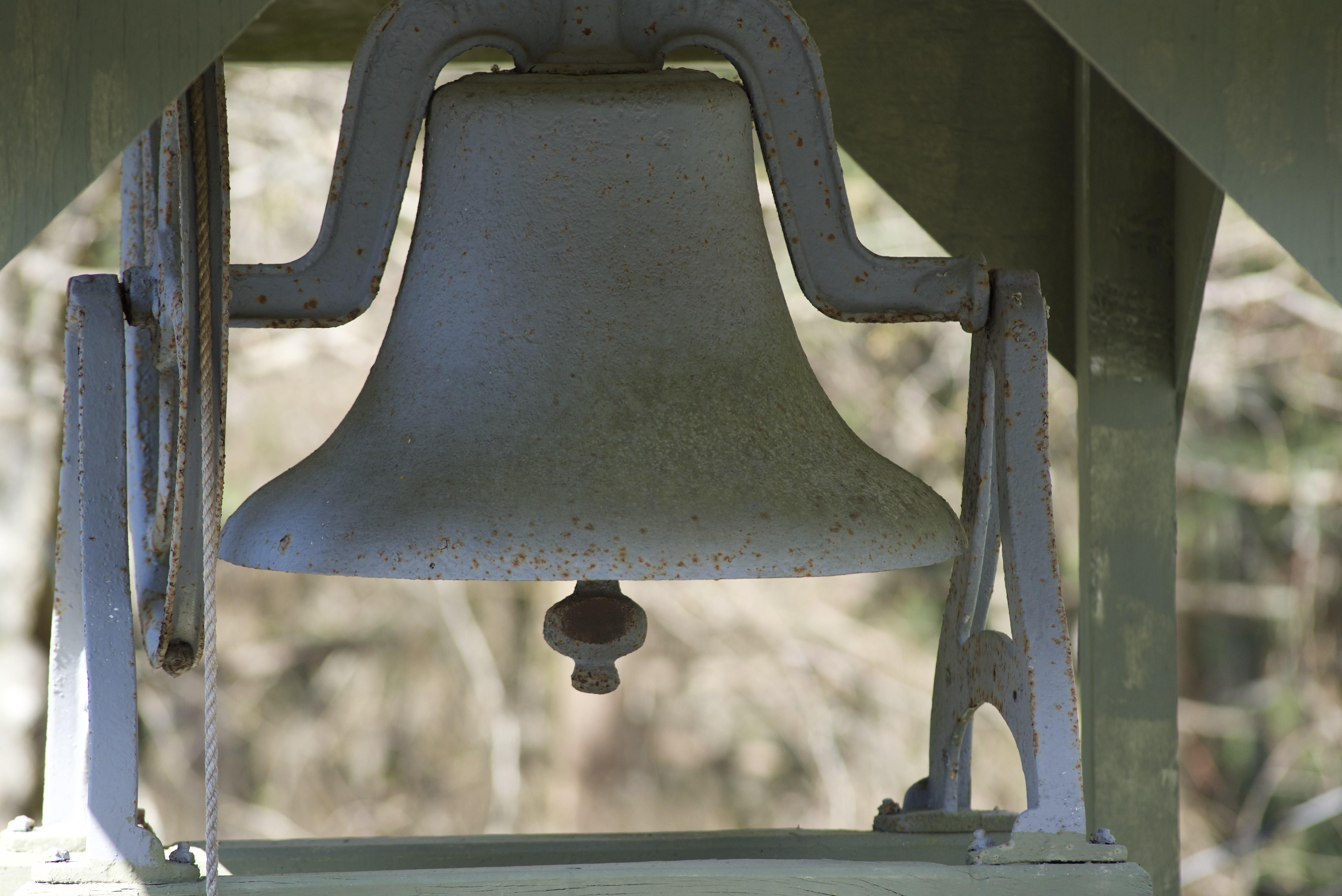 bell 5.jpg