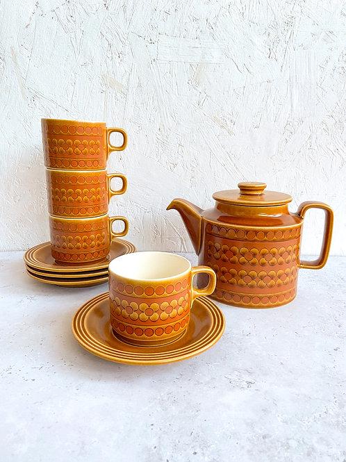 Hornsea Saffron Teacups and Teapot Set