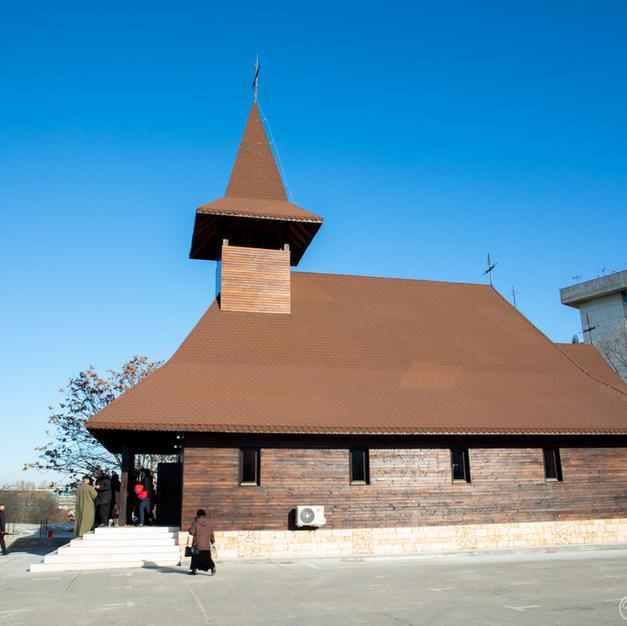 Biserica prefabricata din lemn
