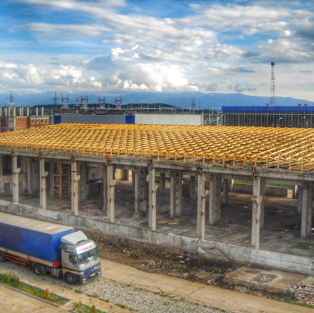 Sarpanta industriala pe hala de beton