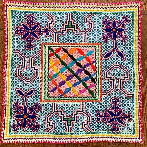 Shipibo tapestry -small flower of life