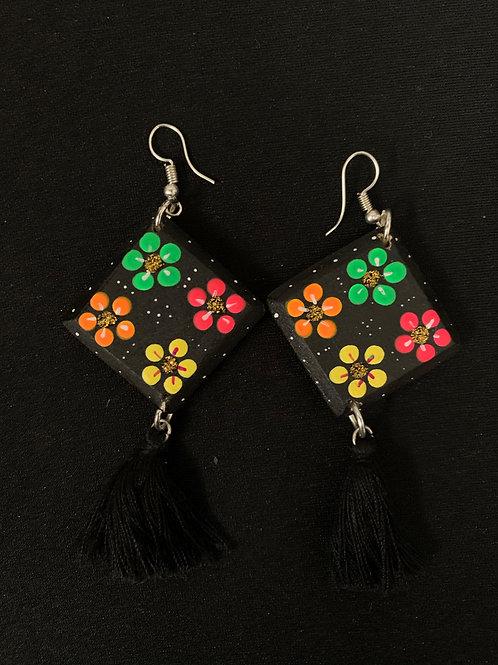 Huichol hand painted earrings- black diamond