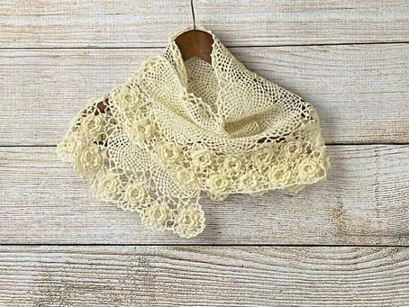 お花モチーフの手紡ぎ手編みケープショール(Hm4)