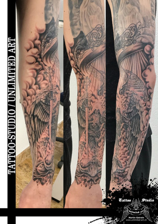 Erzengel Michael mit Teufel Tattoo // Archangel Michael With Devil Tattoo