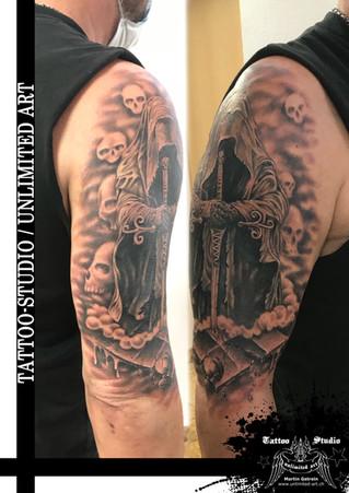 Der Tod auf Schachbrett Realistik Tattoo / The Death On Chessboard Realistic Tattoo 2