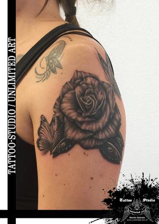 Schmetterling & Rose Tattoo / Butterfly & Rose Tattoo 1